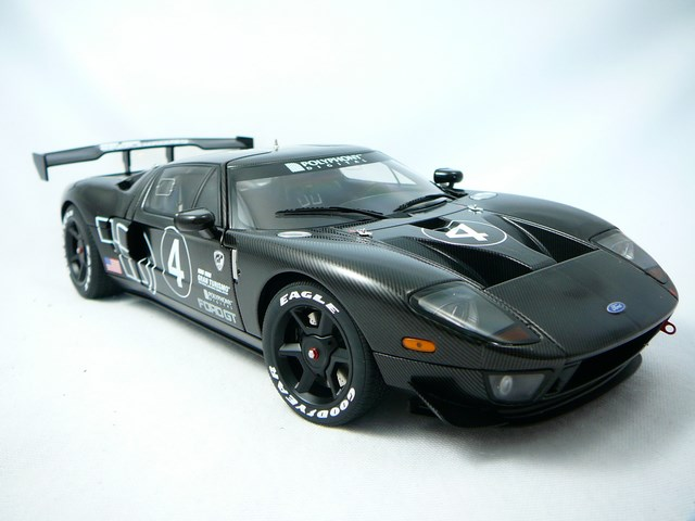 Ford GT n�4 Test Car Le Mans Spec. II 2005 1/18 Auto Art