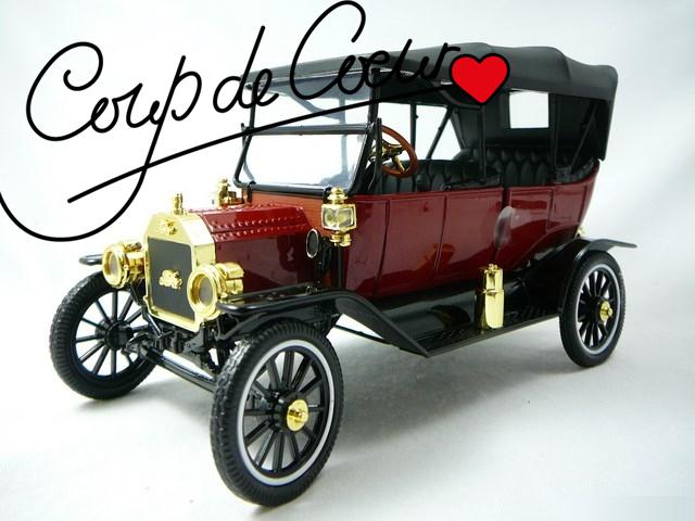 Miniature vielle voiture de collection