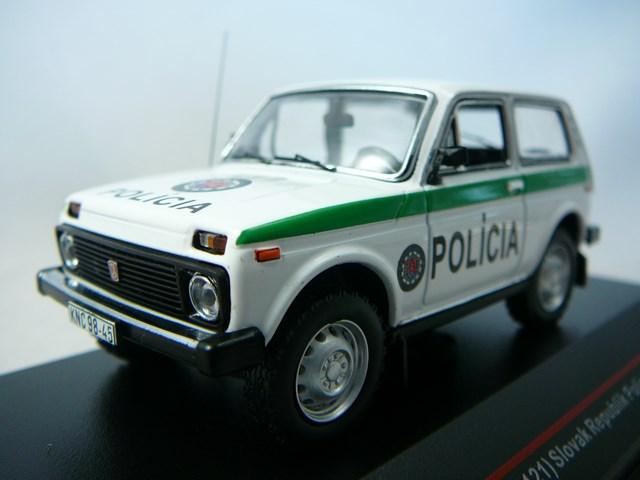 lada niva vaz 2121 slovak republik police 1993 miniature 1 43 ist. Black Bedroom Furniture Sets. Home Design Ideas