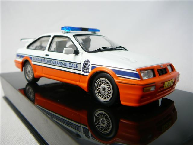 ford sierra cosworth gendarmerie grand ducale luxembourg 1988 miniature 1 43 ixo ixo clc132. Black Bedroom Furniture Sets. Home Design Ideas
