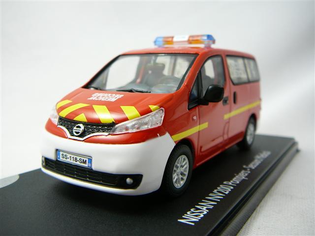nissan nv200 fourgon secours medical sapeurs pompiers miniature 1 43 eligor el 101392. Black Bedroom Furniture Sets. Home Design Ideas