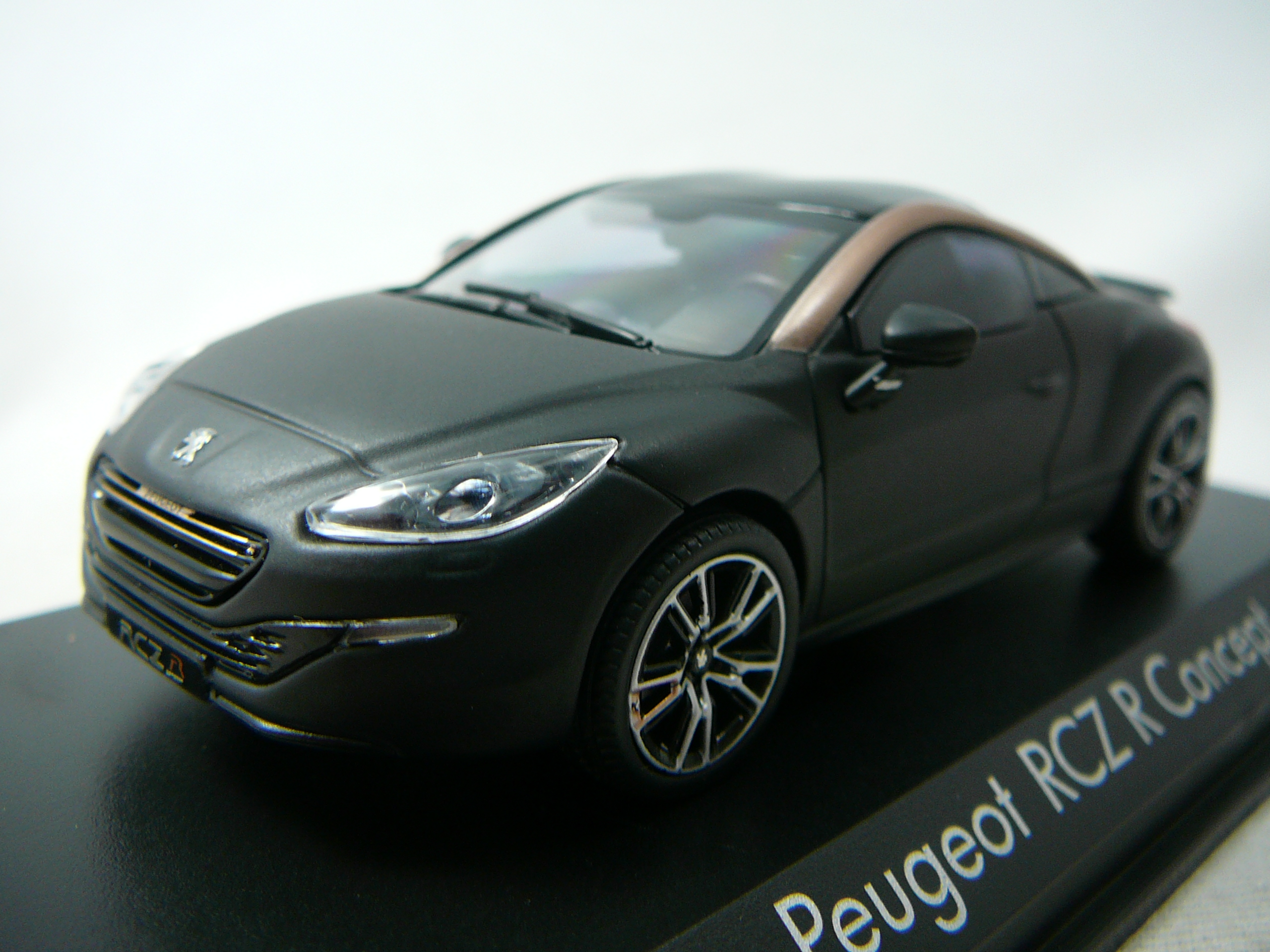 peugeot rcz r concept car salon paris 2012 miniature 1 43 norev no 473873 freeway01 voitures. Black Bedroom Furniture Sets. Home Design Ideas
