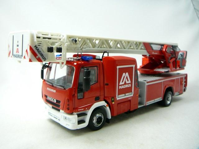 miniature camion iveco magirus pompiers. Black Bedroom Furniture Sets. Home Design Ideas