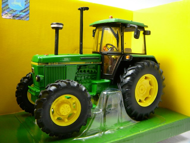 miniature tracteur agricole john deere 3140 britains. Black Bedroom Furniture Sets. Home Design Ideas
