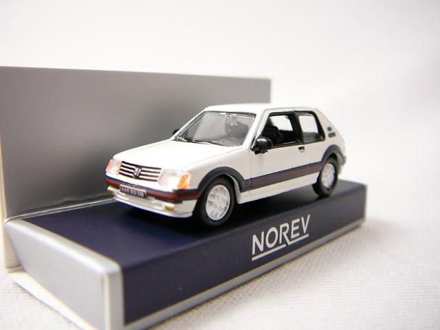 miniature voiture peugeot 205 gti 1984 norev. Black Bedroom Furniture Sets. Home Design Ideas