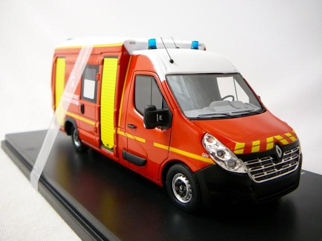 miniature renault master 3 sanicar pompiers gifa vsav alerte. Black Bedroom Furniture Sets. Home Design Ideas