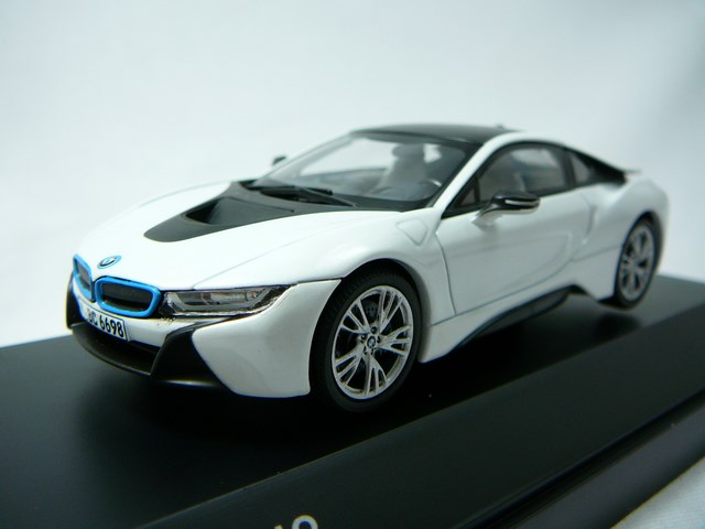 miniature bmw i8 coupe hybride paragon. Black Bedroom Furniture Sets. Home Design Ideas