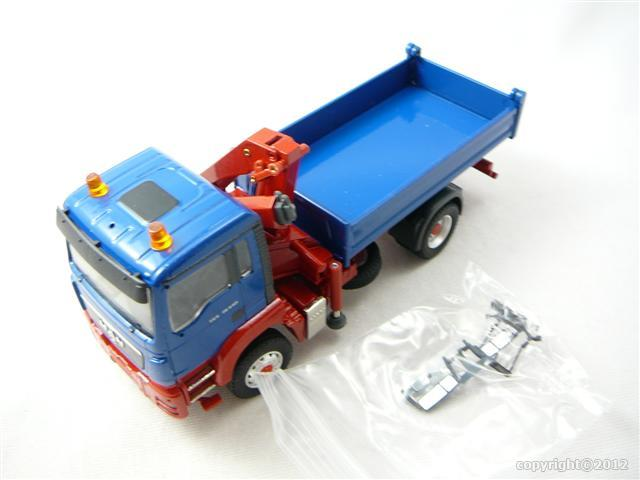 man tgs m l17 4x4 2 essieux camion benne avec grue int gr e miniature 1 50 conrad crd 71165 04. Black Bedroom Furniture Sets. Home Design Ideas