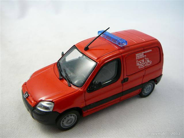 Peugeot partner pompiers haute savoie miniature 1 43 for Garage peugeot haute savoie