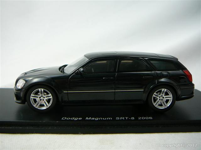 dodge magnum srt 8 2006 miniature 1 43 spark s 0872. Black Bedroom Furniture Sets. Home Design Ideas