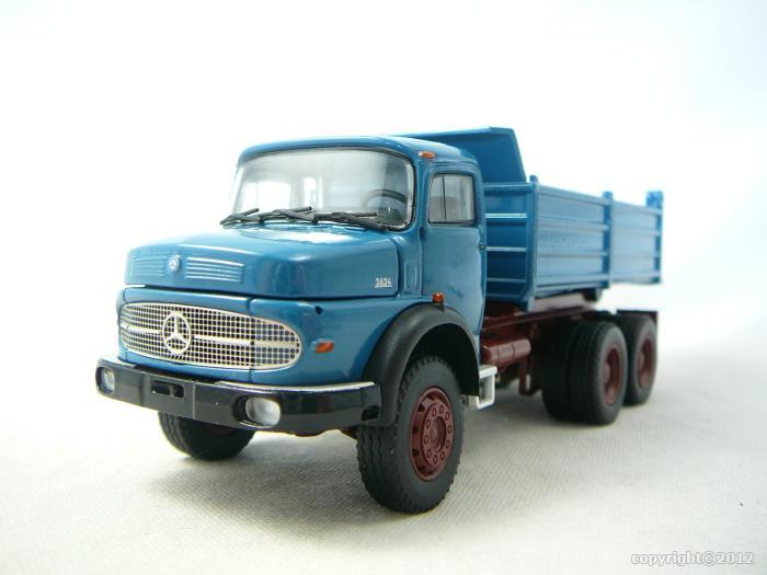 mercedes benz 2624 camion benne travaux publics miniature 1 50 conrad crd 1051 04 freeway01. Black Bedroom Furniture Sets. Home Design Ideas