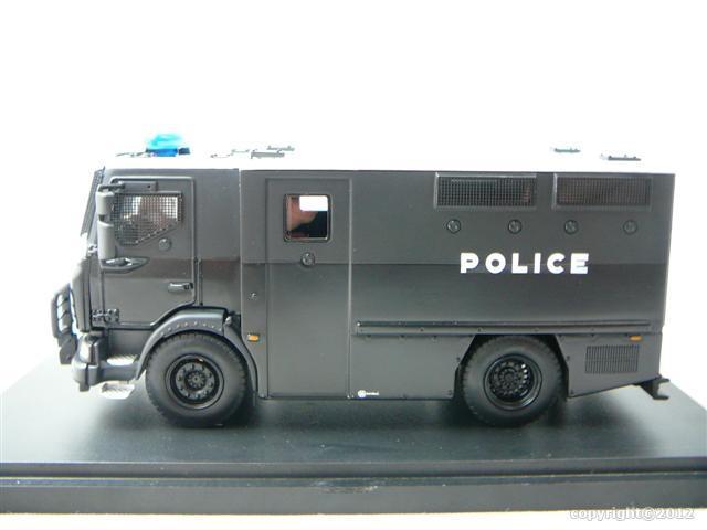 renault trucks defense mids police miniature 1 48 gasoline masterfighter gmf 48550 freeway01. Black Bedroom Furniture Sets. Home Design Ideas