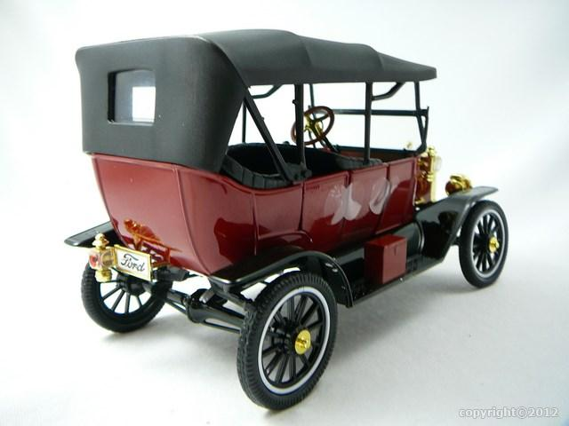 Miniature Ford Model T Roadster Soft Top 1917 Motor City