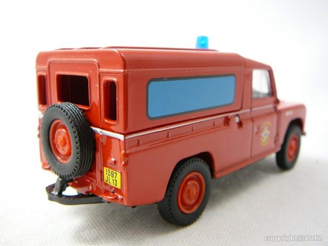 miniature voiture land rover marins pompiers de marseille corgi heritage. Black Bedroom Furniture Sets. Home Design Ideas