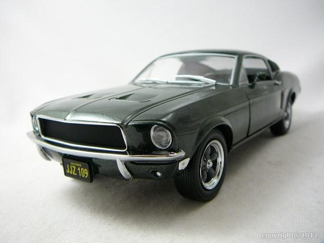 miniature ford mustang 1968 bullit greenlight. Black Bedroom Furniture Sets. Home Design Ideas