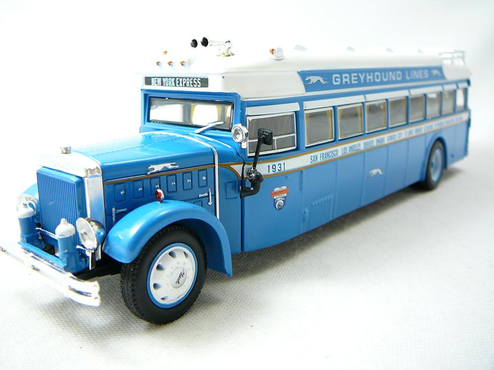 Miniature bus américain