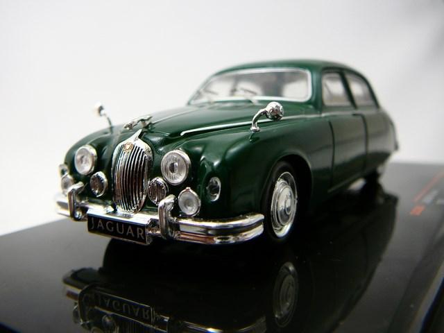 Miniature Jaguar Mark 1 1957 Ixo