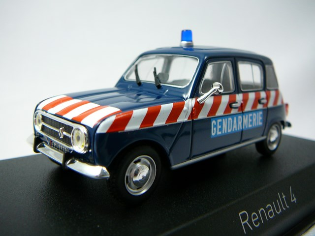 NOREV RENAULT 4 GENDARMERIE PELOTON D/'AUTOROUTE 1968 au 1//43°